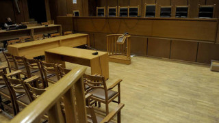 Πετρούπολη: Ισόβια και 10 χρόνια κάθειρξης στον πατέρα που σκότωσε την κόρη του