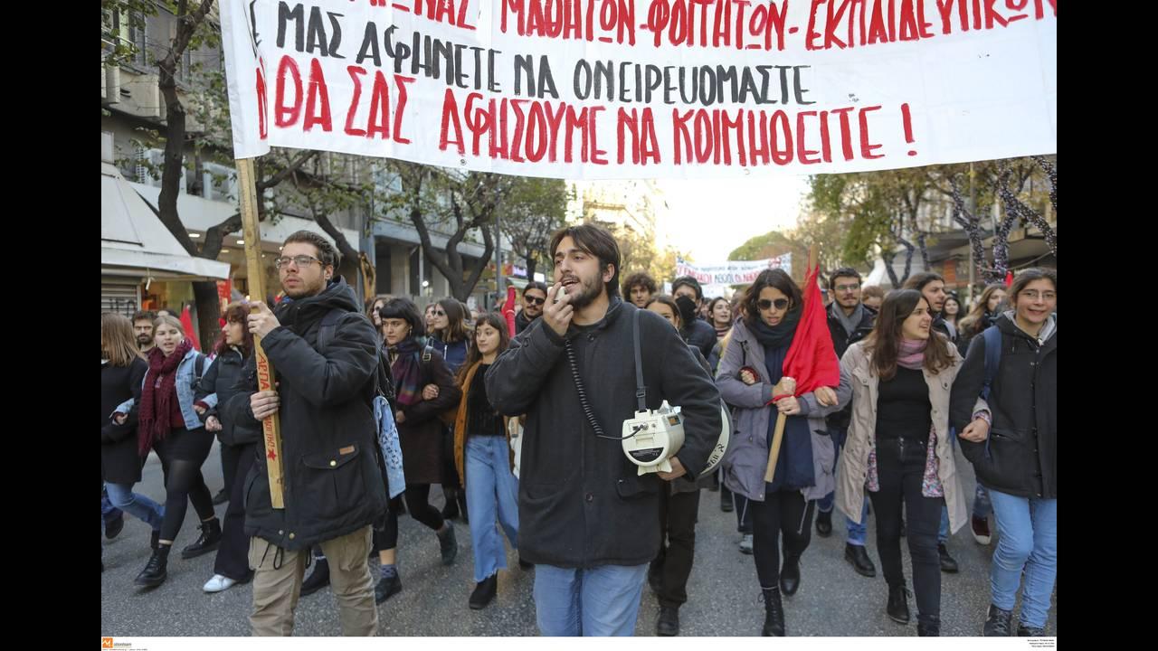 https://cdn.cnngreece.gr/media/news/2018/12/10/157795/photos/snapshot/4644244.jpg