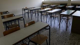 Μόνιμες προσλήψεις για 15.000 εκπαιδευτικούς χωρίς διαγωνισμό του ΑΣΕΠ – Τα κριτήρια