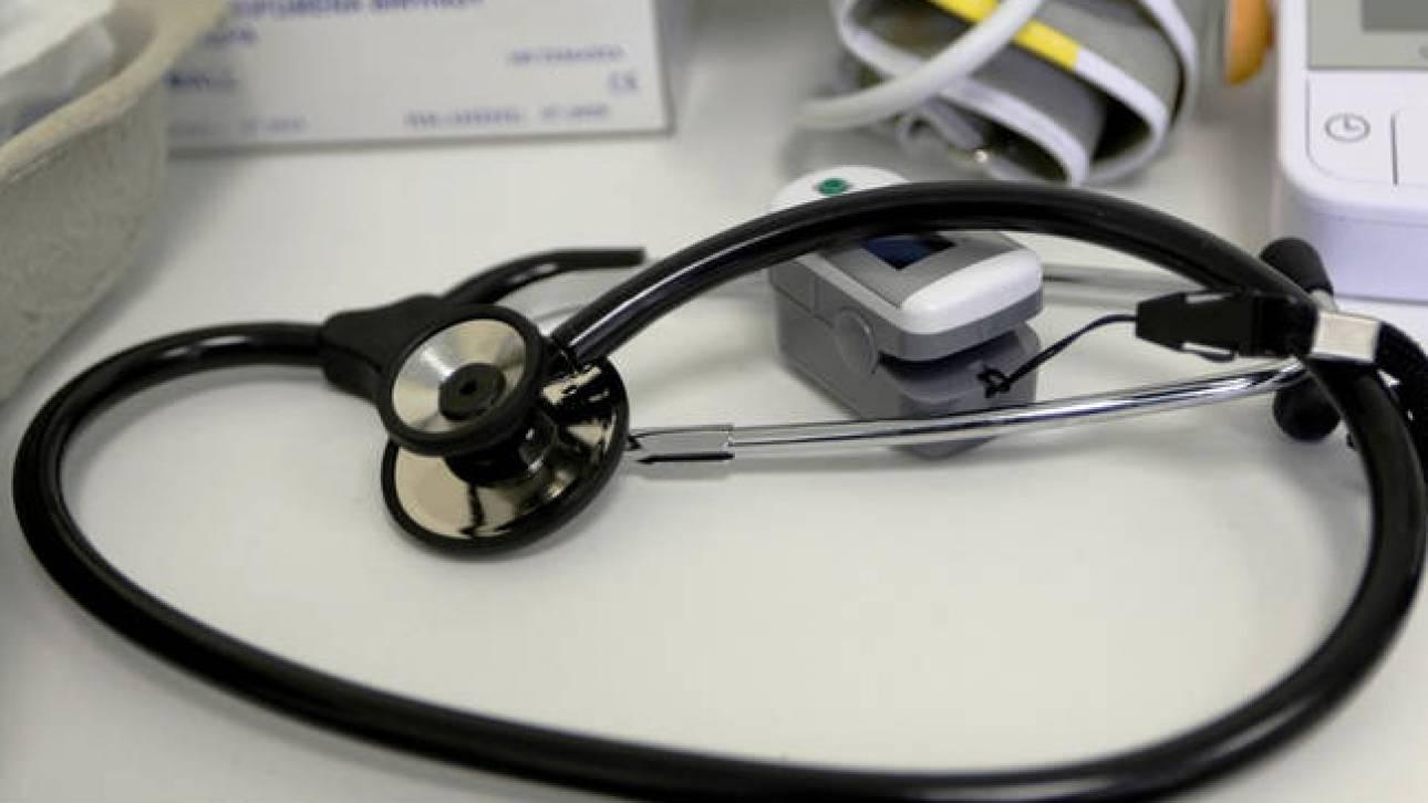 Οικογενειακός γιατρός: «Χαλαρώνει» η υποχρεωτική εγγραφή - Τι ισχύει για τους παθολόγους