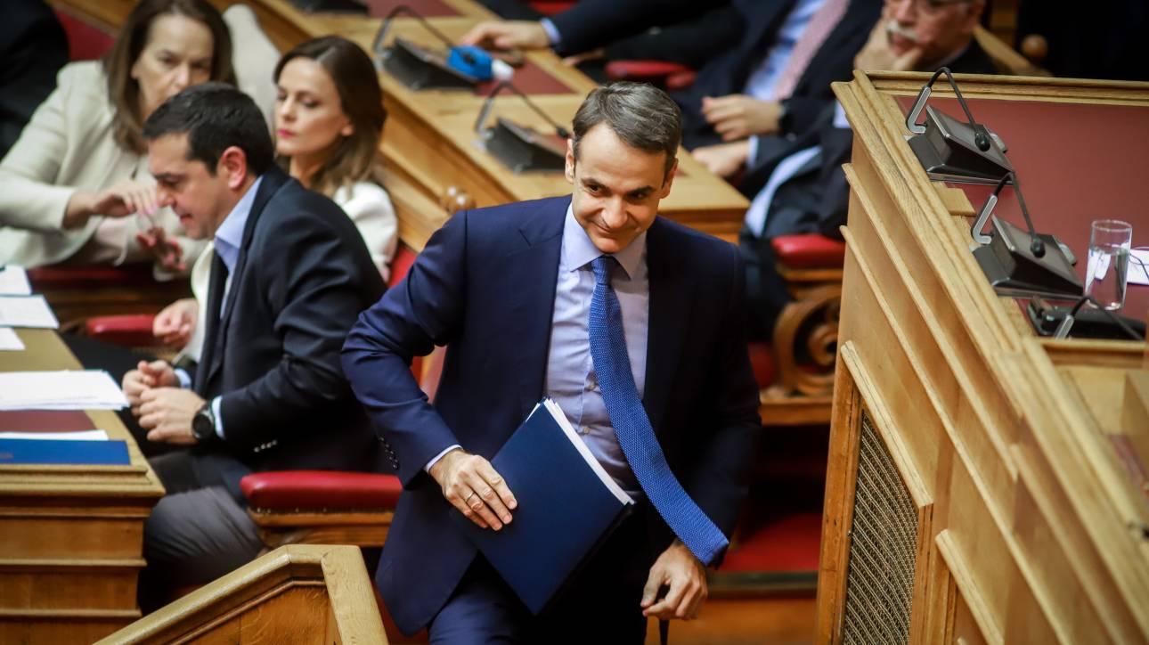 Κόντρα Μητσοτάκη - Τσίπρα στη Βουλή για το σκάνδαλο της ΔΕΠΑ