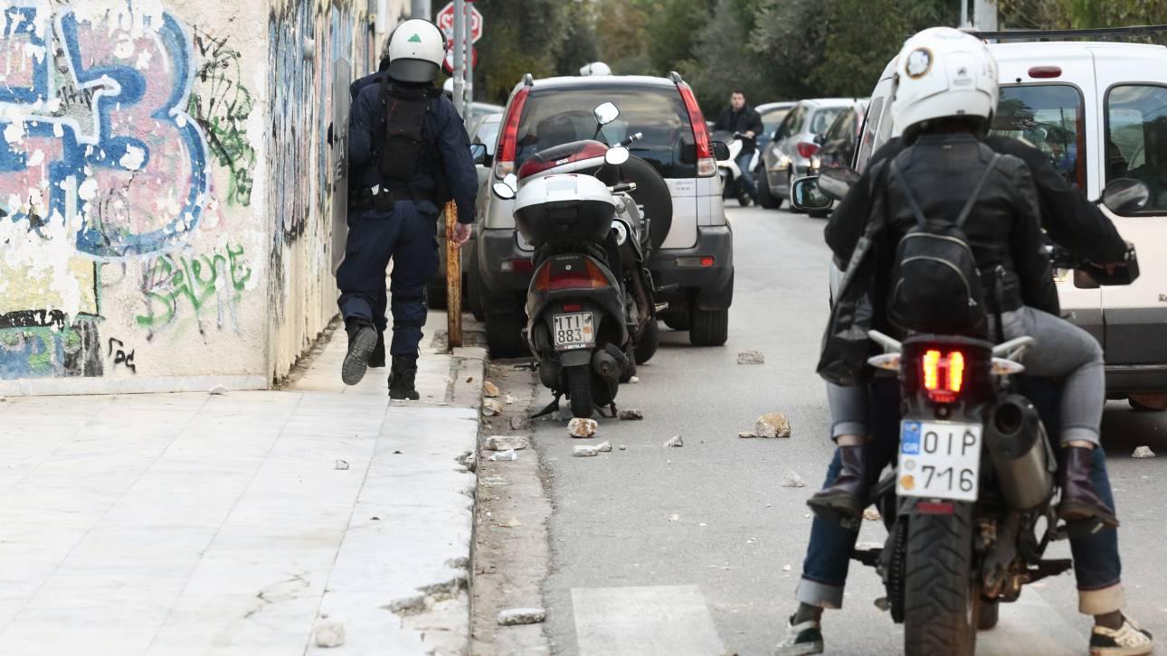 Θεσσαλονίκη: Συνέλαβαν δύο Πακιστανούς για αρπαγή και εκβιασμό 17 μεταναστών