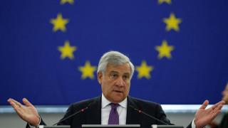Ταγιάνι: Τα μέλη του ευρωκοινοβουλίου μπορούν να φύγουν από το κτήριο με δική τους ευθύνη