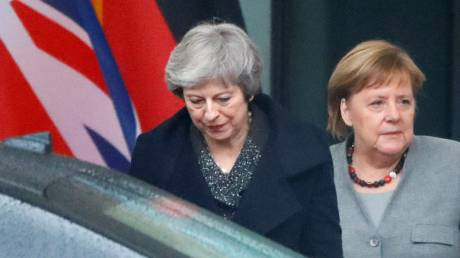 Μέρκελ σε Μέι: Καμία επαναδιαπραγμάτευση στη συμφωνία για το Brexit