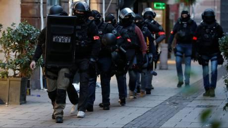 Επίθεση στο Στρασβούργο: Σε εξέλιξη αστυνομική επιχείρηση κοντά στον καθεδρικό ναό