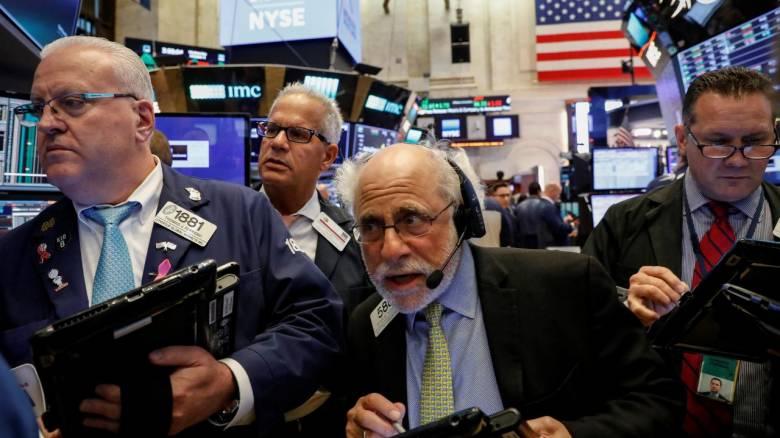 Άνοδος στους δείκτες της Wall Street - Πτώση στην τιμή του πετρελαίου