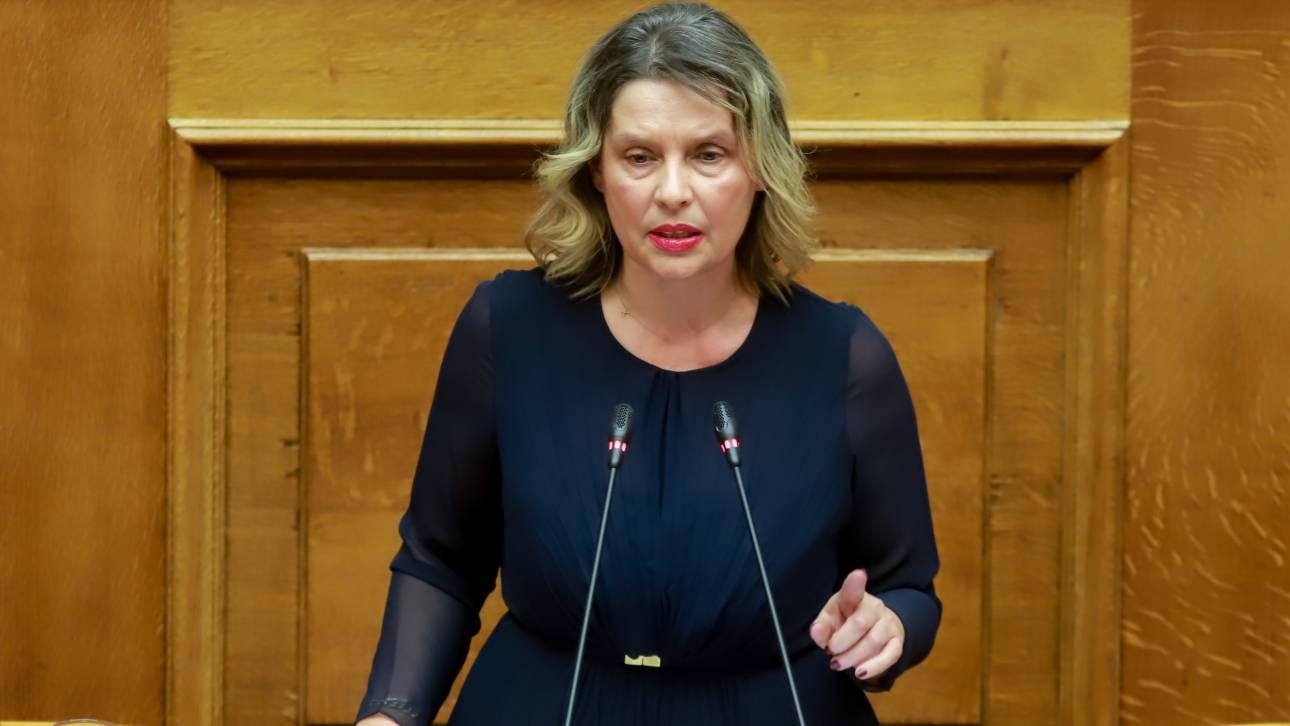 Παπακώστα: Δεν ανταλλάζω τη θέση μου στην κυβέρνηση με τη θέση μου για τη συμφωνία των Πρεσπών
