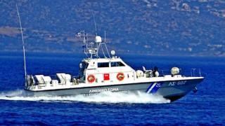 Κρήτη: Καρέ - καρέ η επιχείρηση του Λιμενικού στο πλοίο με τα ναρκωτικά