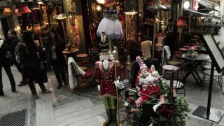 Σε εορταστικούς ρυθμούς τα καταστήματα - Τι ισχύει για το ωράριο Χριστουγέννων - Πρωτοχρονιάς