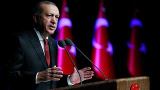 Συρία: Με εισβολή στο Μανμπίτζ απειλεί ο Ερντογάν, αν οι ΗΠΑ δεν απομακρύνουν τους Κούρδους
