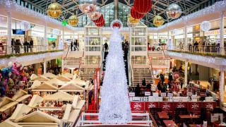 Ξεκίνησε το εορταστικό ωράριο Χριστουγέννων - Ανοιχτά τα καταστήματα την Κυριακή
