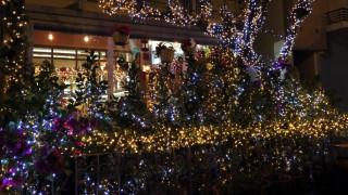 Εορταστικό ωράριο Χριστουγέννων: Ανοιχτά σήμερα τα καταστήματα