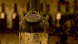 Γιατί οι πλουσιότεροι άνθρωποι του κόσμου μαζεύουν μπουκάλια;