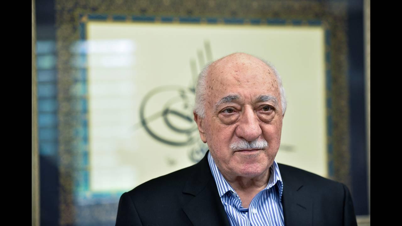 https://cdn.cnngreece.gr/media/news/2018/12/16/158468/photos/snapshot/TURKEY-SECURITY-REUTERSCharles-Mostoller4.jpg