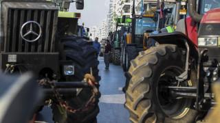 Στους δρόμους τα τρακτέρ - Πού και πότε στήνουν μπλόκα οι αγρότες