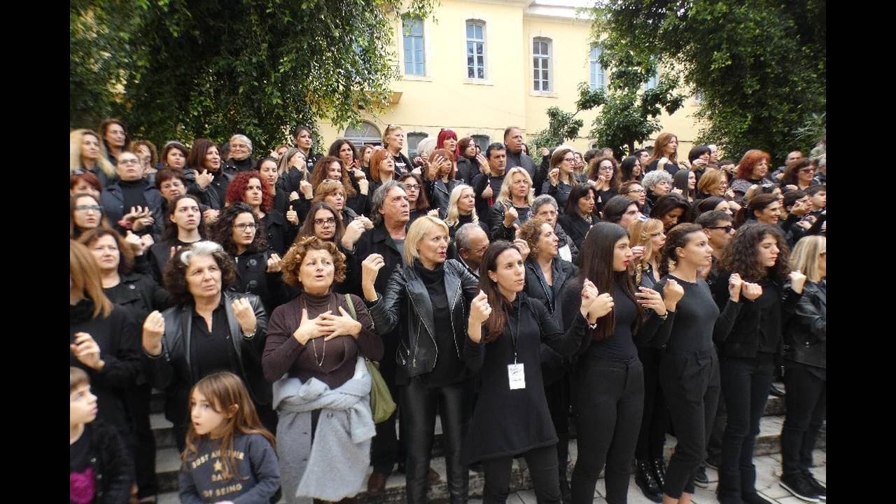 https://cdn.cnngreece.gr/media/news/2018/12/17/158546/photos/snapshot/passepartoutdikastiria6.jpg