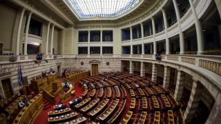 Βόμβα στον ΣΚΑΪ: Βουλευτές όλων των κομμάτων καταδικάζουν την επίθεση