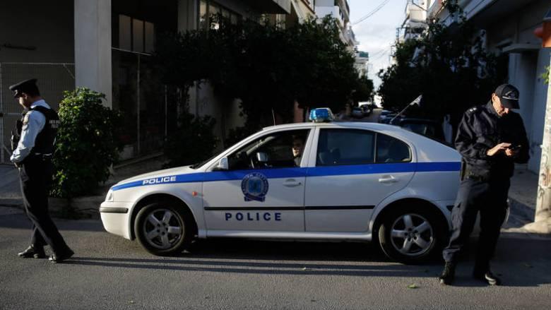 Αστυνομικός και τρεις τελωνειακοί σε κύκλωμα εισαγωγής προϊόντων «μαϊμού» από την Τουρκία
