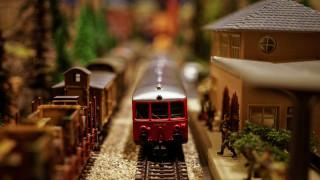 Χριστούγεννα 2018: Τα παραδοσιακά παιχνίδια καλύτερα από τα ψηφιακά για δώρα, λένε οι ειδικοί