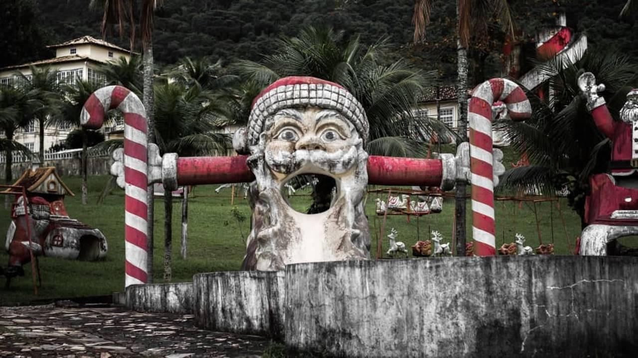 https://cdn.cnngreece.gr/media/news/2018/12/17/158605/photos/snapshot/santa1.jpg