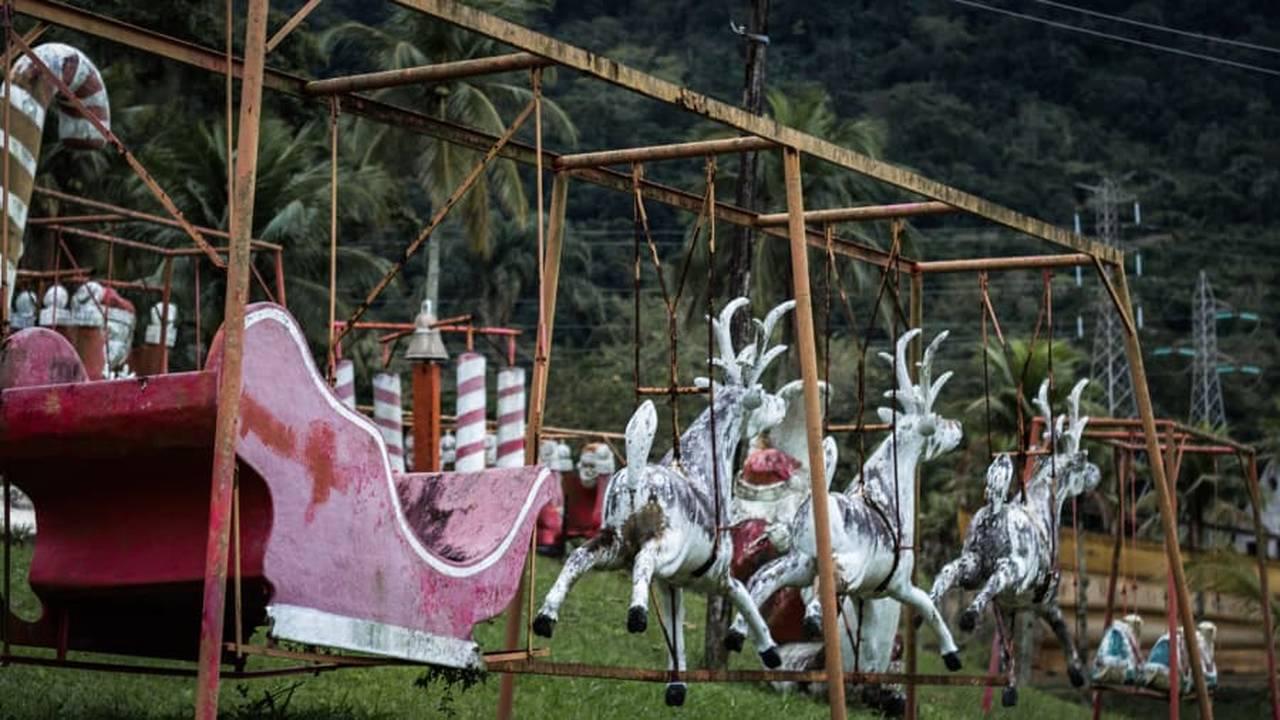 https://cdn.cnngreece.gr/media/news/2018/12/17/158605/photos/snapshot/santa11.jpg