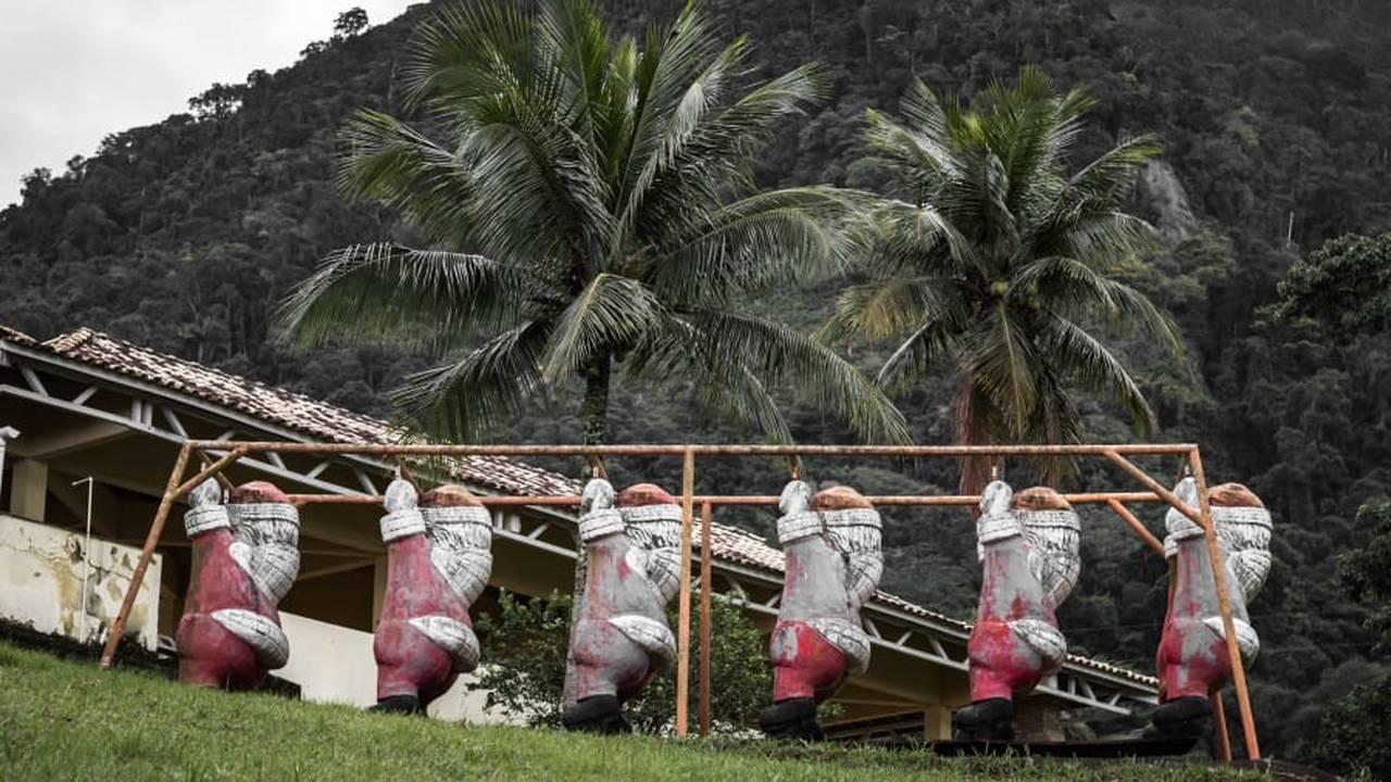 https://cdn.cnngreece.gr/media/news/2018/12/17/158605/photos/snapshot/santa13.jpg