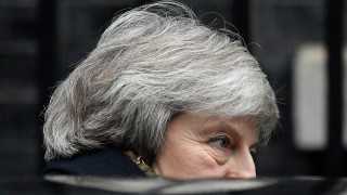 Brexit: Πρόταση μομφής κατά της Τερέζα Μέι ετοιμάζουν οι Εργατικοί