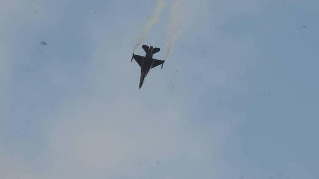 Τέσσερις εικονικές αερομαχίες και 107 τουρκικές παραβιάσεις στο Αιγαίο