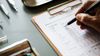 Ιταλία: Παρέμβαση του υπ. Υγείας για τα... ορνιθοσκαλίσματα των γιατρών