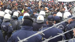 Σοβαρές καταγγελίες για βασανιστήρια, εικονικές εκτελέσεις και απελάσεις προσφύγων στον Έβρο