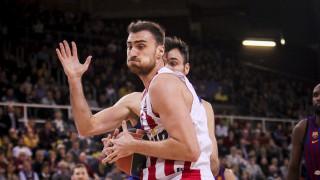 Μπαρτσελόνα - Ολυμπιακός 60-69: 'Αλωσε τη Βαρκελώνη με «γίγαντα» Μιλουτίνοφ