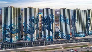 Το «Μεγάλο Κύμα» του Χοκουσάι καλύπτει ως γκράφιτι έναν οικισμό στη Μόσχα