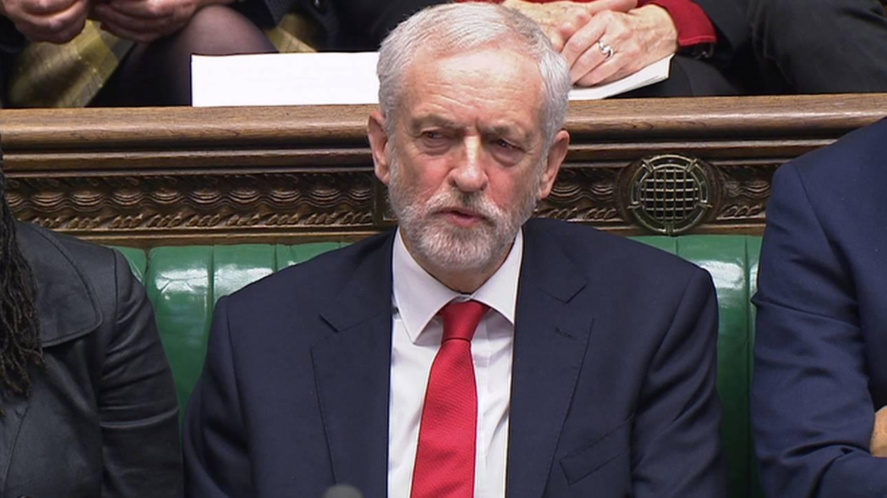Είπε ή όχι ο Κόρμπιν τη Μέι «ηλίθια γυναίκα» - Τι απάντησε η Βρετανίδα πρωθυπουργός