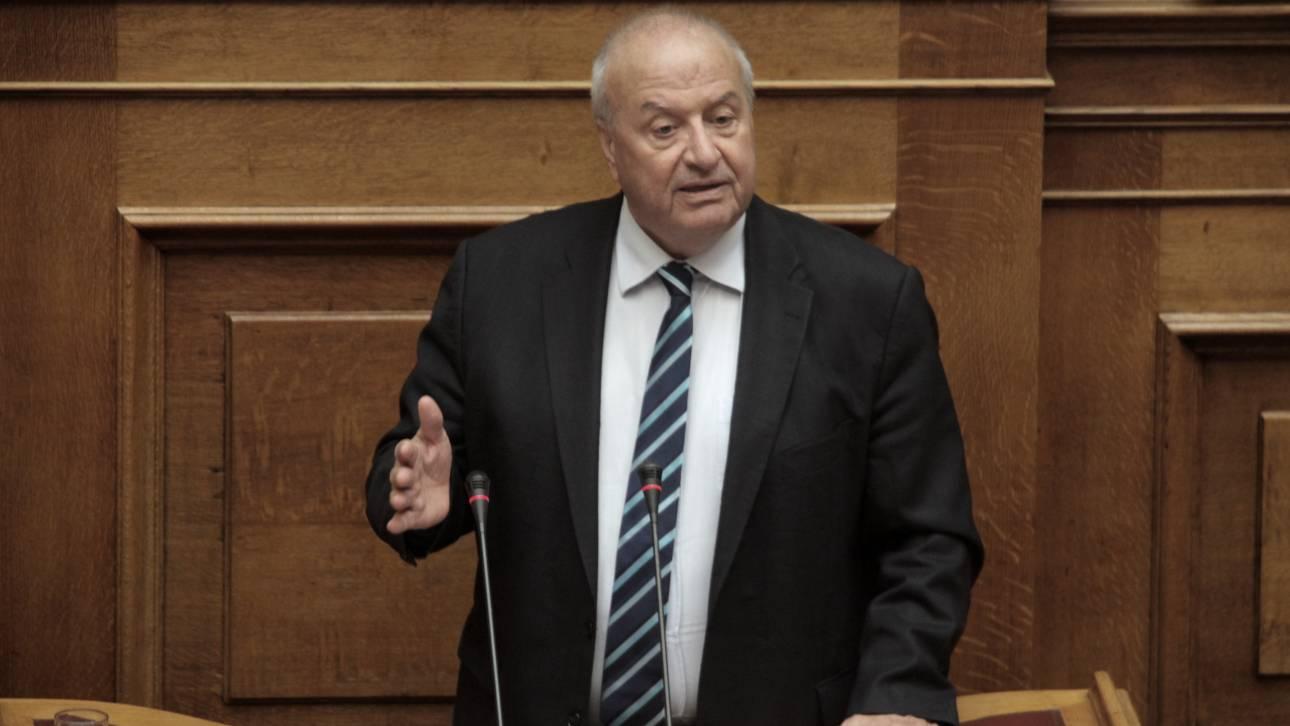 Δεν εισηγείται κυρώσεις στον Γρηγοράκο για το «τσόκαρο» στην Καββαδία η επιτροπή δεοντολογίας