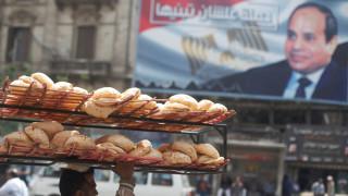 Ο αλ Σίσι επέπληξε τους Αιγύπτιους γιατί είναι... υπέρβαροι