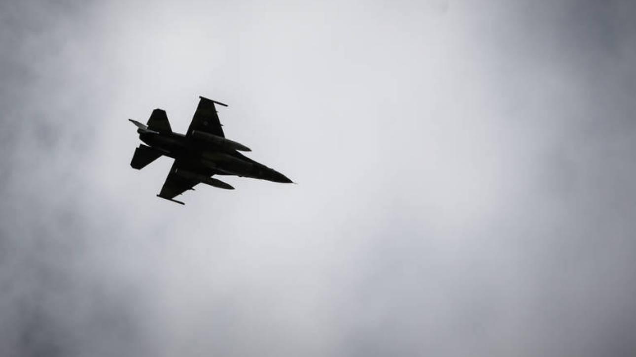 Εικονική αερομαχία και τουρκικές παραβιάσεις πάνω από το Αιγαίο