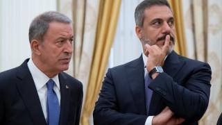 Ακάρ σε Αποστολάκη: Σε Αιγαίο και Μεσόγειο δεν υποχωρούμε από τα δικαιώματά μας