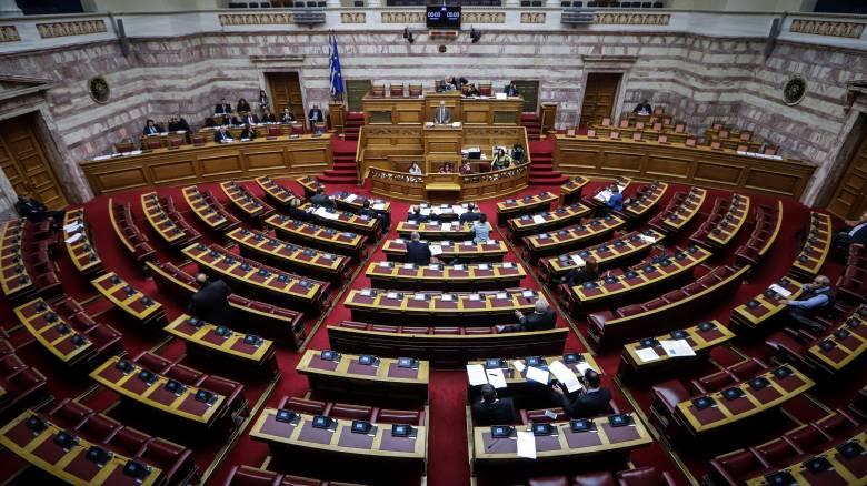 «Λογιστική» διευκόλυνση σε ζημιογόνες επιχειρήσεις δίνει η κυβέρνηση