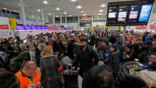 Συνεχίζεται το χάος με τα drones στο αεροδρόμιο του Γκάτγουικ – Αναλαμβάνει δράση ο στρατός
