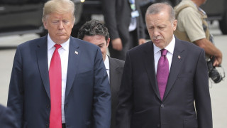 Τουρκικά ΜΜΕ: Ο Τραμπ αποφάσισε να αποσυρθεί από τη Συρία την ώρα που μιλούσε με τον Ερντογάν