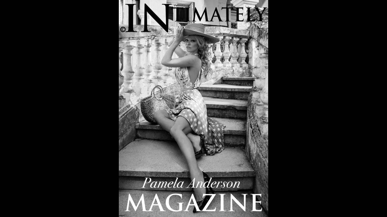 https://cdn.cnngreece.gr/media/news/2018/12/21/159172/photos/snapshot/Pamela-Anderson-Fashion-Shoot01.jpg