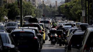 Ποια οχήματα δεν επιτρέπεται να κυκλοφορούν στις εθνικές οδούς κατά τις γιορτές