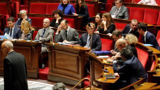 Το παράξενο… δώρο Γάλλου γερουσιαστή στους συναδέλφους του