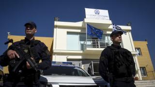 Συναγερμός για ύποπτο δέμα έξω από το δημαρχείο Μενιδίου - Έγινε ελεγχόμενη έκρηξη