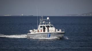 Προσάραξη φορτηγού πλοίου στο λιμάνι του Ναυπλίου