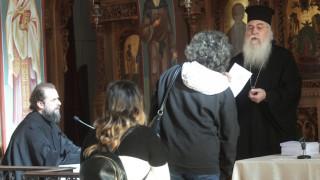 Βοήθημα 150.000 ευρώ σε 300 πυρόπληκτες οικογένειες από την Ιερά Σύνοδο