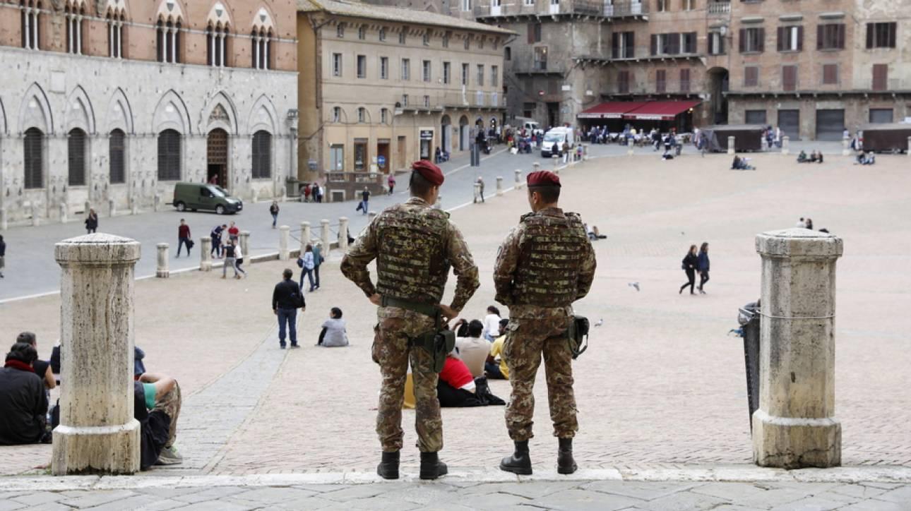 Ιταλία: Ο στρατός στη «μάχη» να κλείσουν οι λακούβες