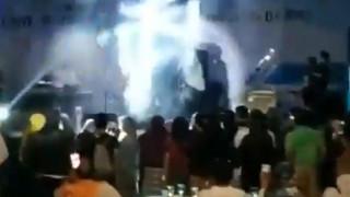 Βίντεο – σοκ από την Ινδονησία: Η στιγμή που το τσουνάμι χτυπά συναυλία