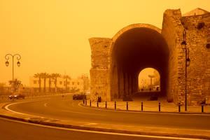 Η αφρικανική σκόνη «κατάπιε» το Ηράκλειο Κρήτης τον Μάρτιο.