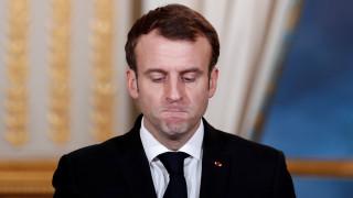 Ο Μακρόν λυπάται για την απόσυρση των Αμερικανών από τη Συρία